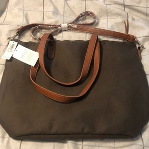 NWT Old navy olive color tote.